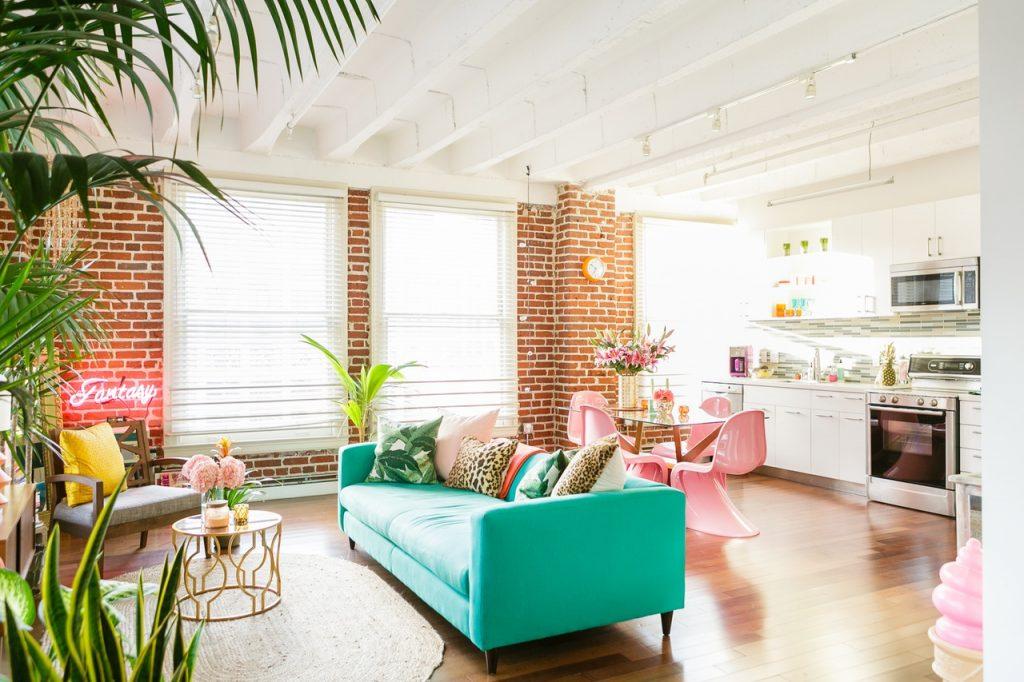 Colourful LA studio apartment
